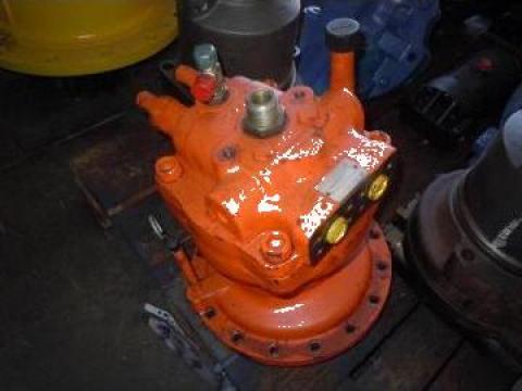Motor hidraulic excavator Daewoo 220 de la Nenial Service & Consulting