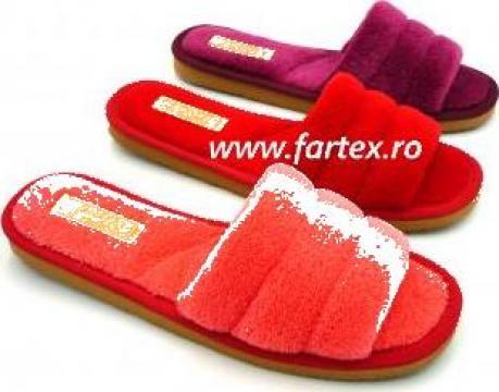 Papuci de casa din frotir de la Fartex Collection Srl