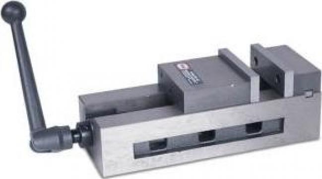 Menghina de precizie ridicata SVA-100 de la Proma Machinery Srl.