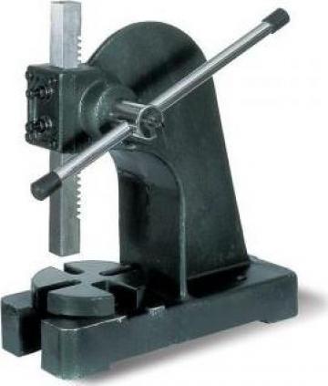 Presa manuala cu dorn pentru mandrina AP-3 de la Proma Machinery Srl.