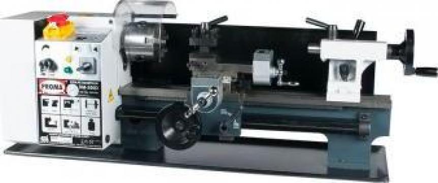 Strung paralel de atelier SM-350D de la Proma Machinery Srl.