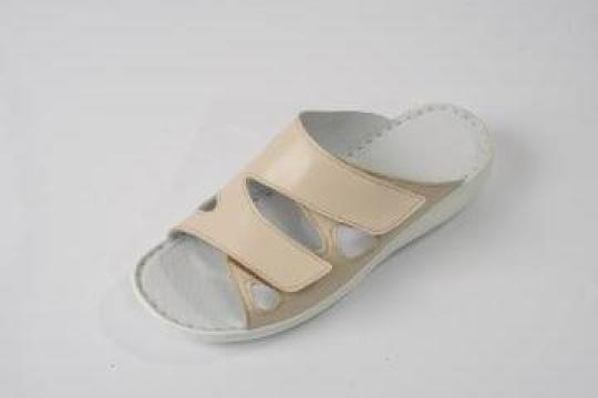 Papuci femei din piele 730