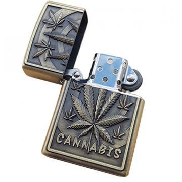 Bricheta zippo, 3D relief, metalica, cannabis de la Dali Mag Online Srl