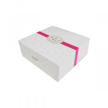Cutie din carton pentru prajituri de la GM Proffequip Srl