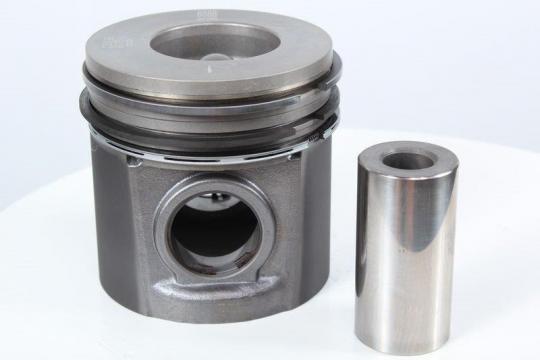 Piston motor pentru utilaj Perkins de la Intrapart Company Srl
