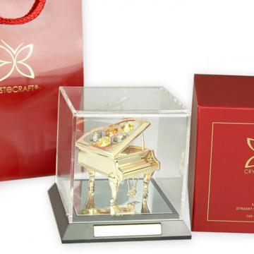 Figurina Pian cu cristale Swarovski in caseta de la Luxury Concepts Srl