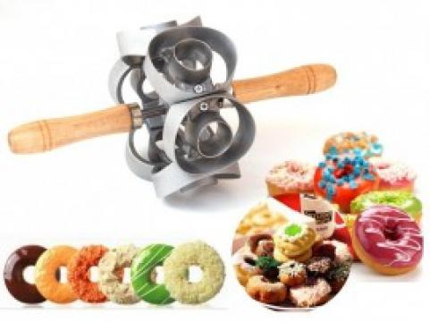 Aparat pentru decuparea gogosilor Donut Cutter de la Preturi Rezonabile