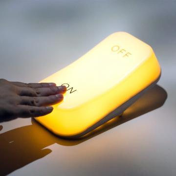Lampa de masa cu leduri si baterii on-off de la Plasma Trade Srl (happymax.ro)