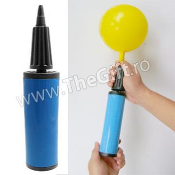 Pompa manuala de umflat baloane