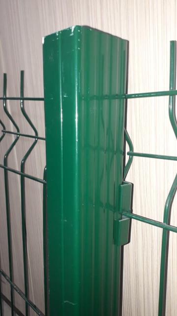 Stalpi gard vopsiti electrostatic de la Est Metalcab