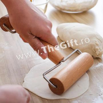 Sucitor, rola din lemn, pentru aluat