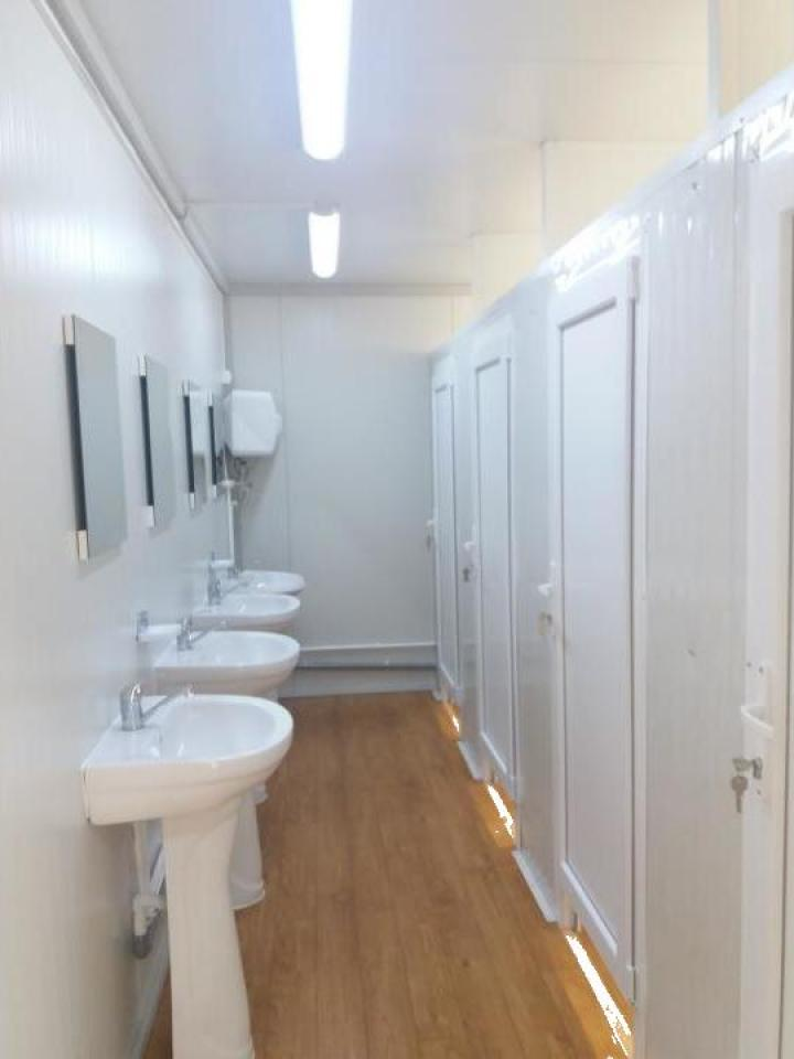 Containere sanitare prefabricate