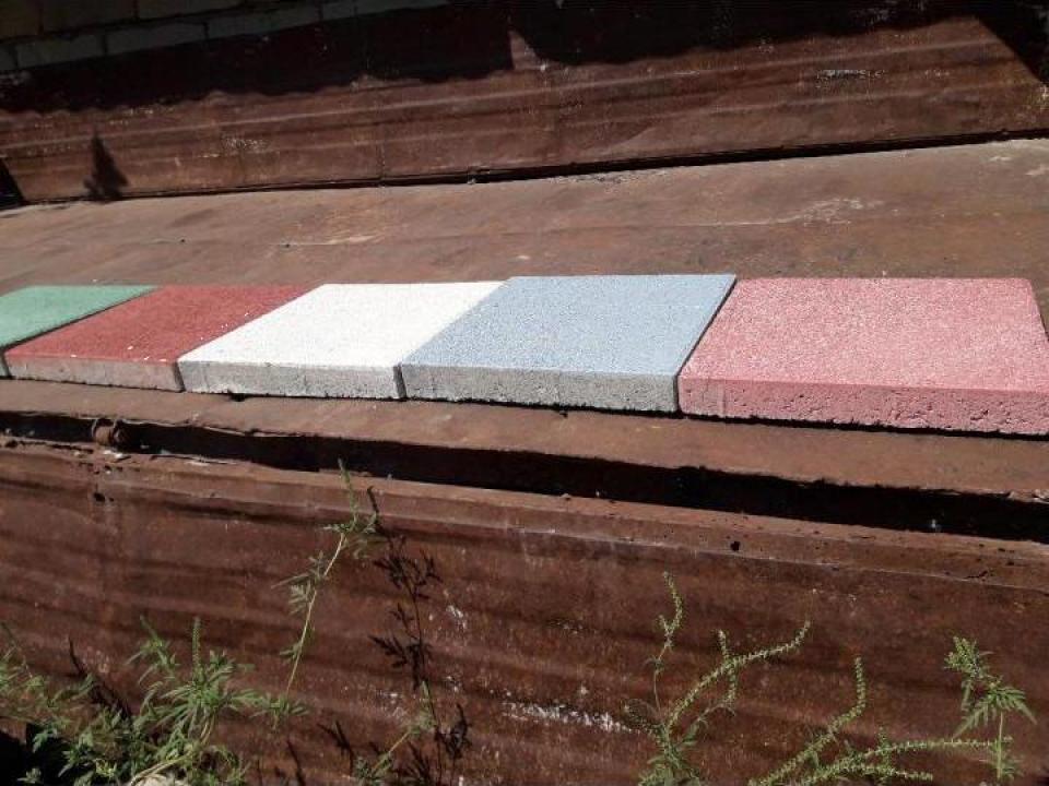 Dale colorate cu praf de marmura 5cm