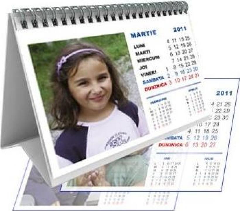 Calendar personalizat de birou CALP006