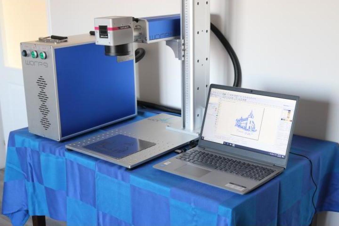 Masina de gravat cu laser fibra 20W